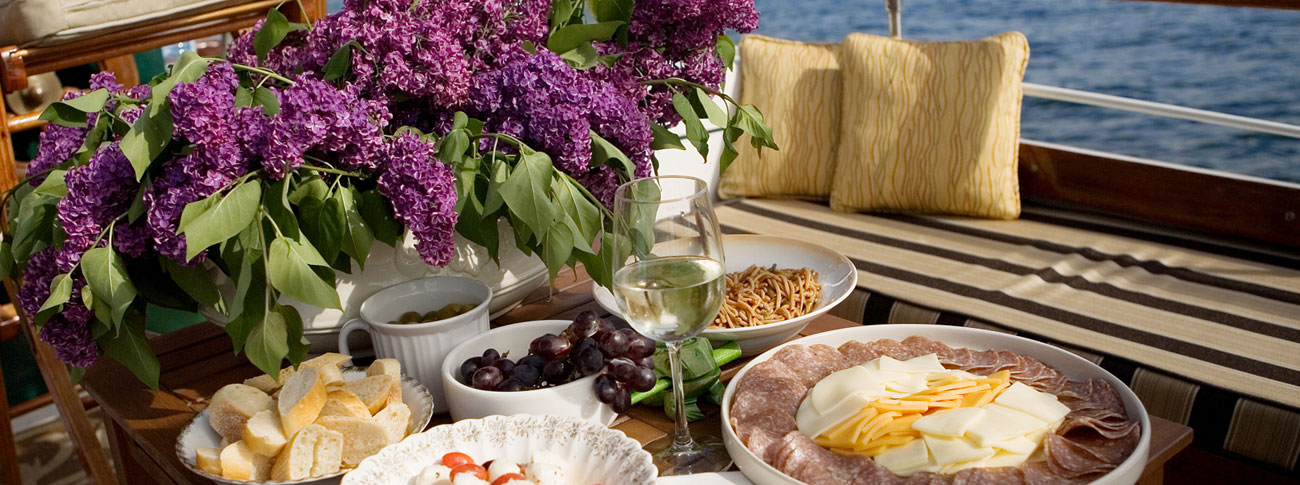 09b-lilacs-and-food-1300x485
